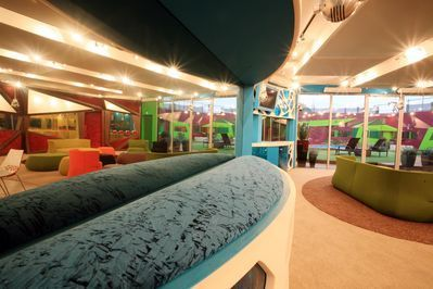 Big Brother UK wallpaper probably with a drawing room, a living room, and a parlor entitled BB9 House