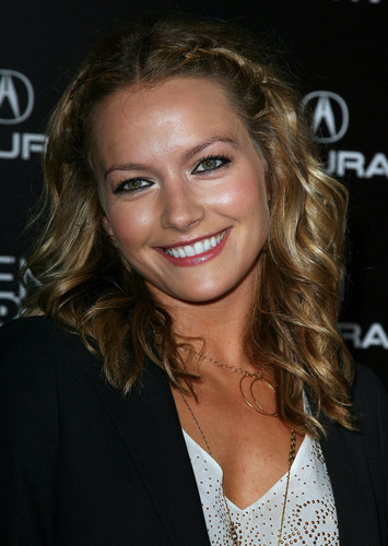 Becki Newton wallpaper with a portrait titled Becki