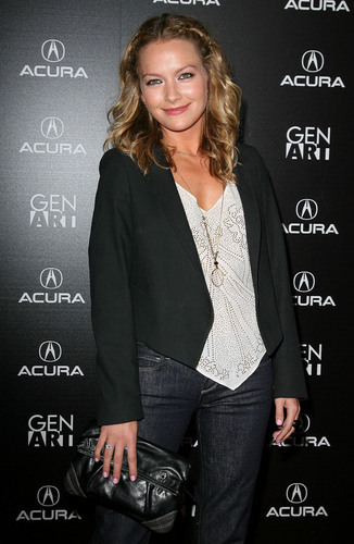 Becki Newton wallpaper containing a business suit entitled Becki