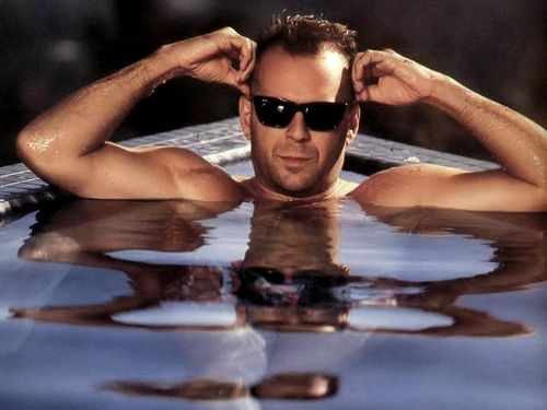 Bruce in the pool! - bruce-willis Wallpaper