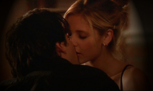 """Buffy the Vampire Slayer achtergrond entitled Buffy and Parker in """"Harsh Light of Day"""""""