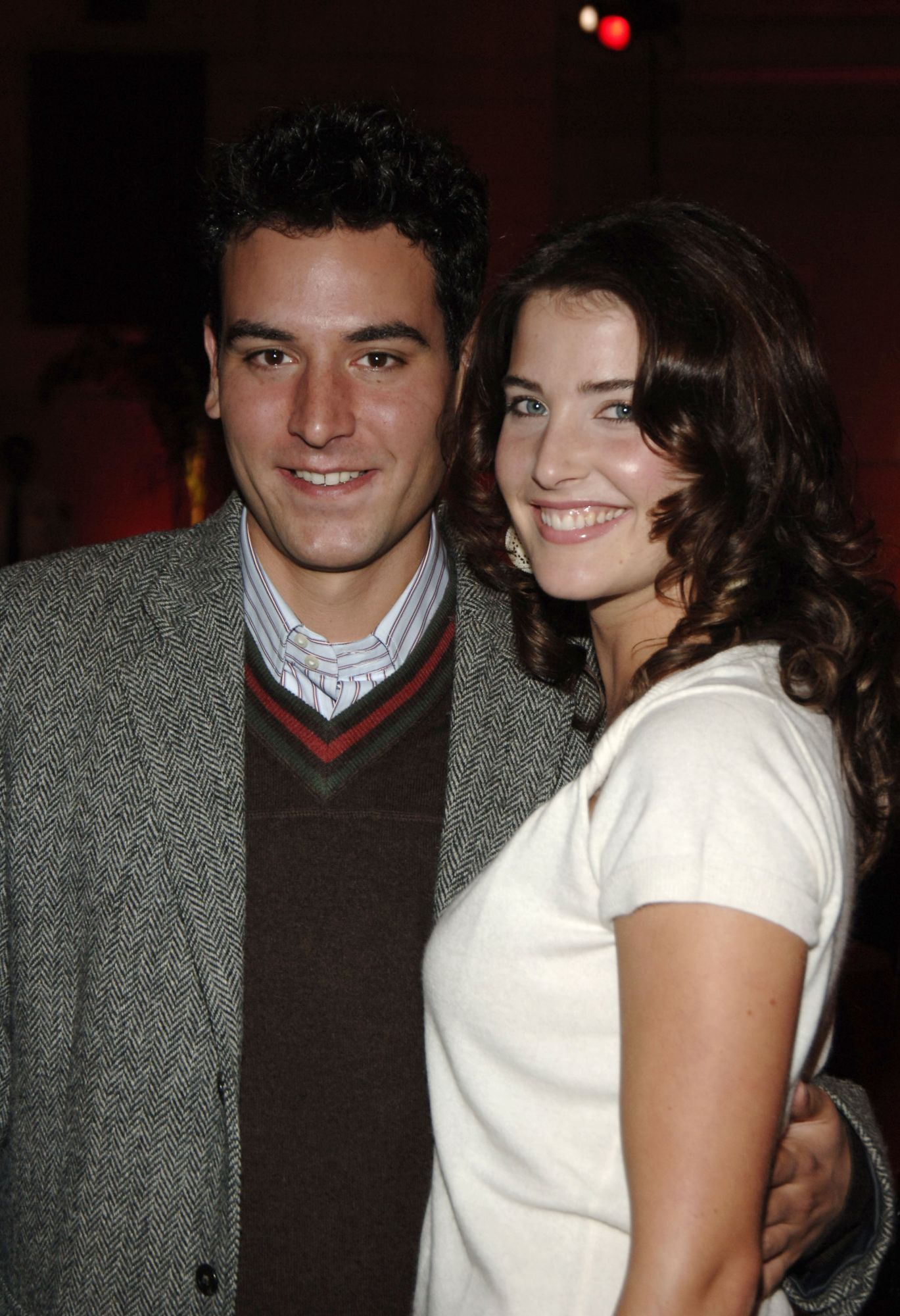 Josh Radnor dating Cobie Smulders