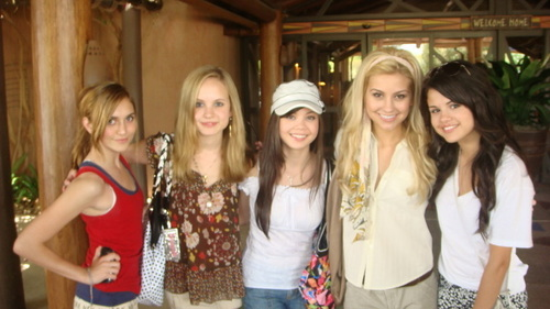 Chelsea with Jennifer, Selena, and Alyson