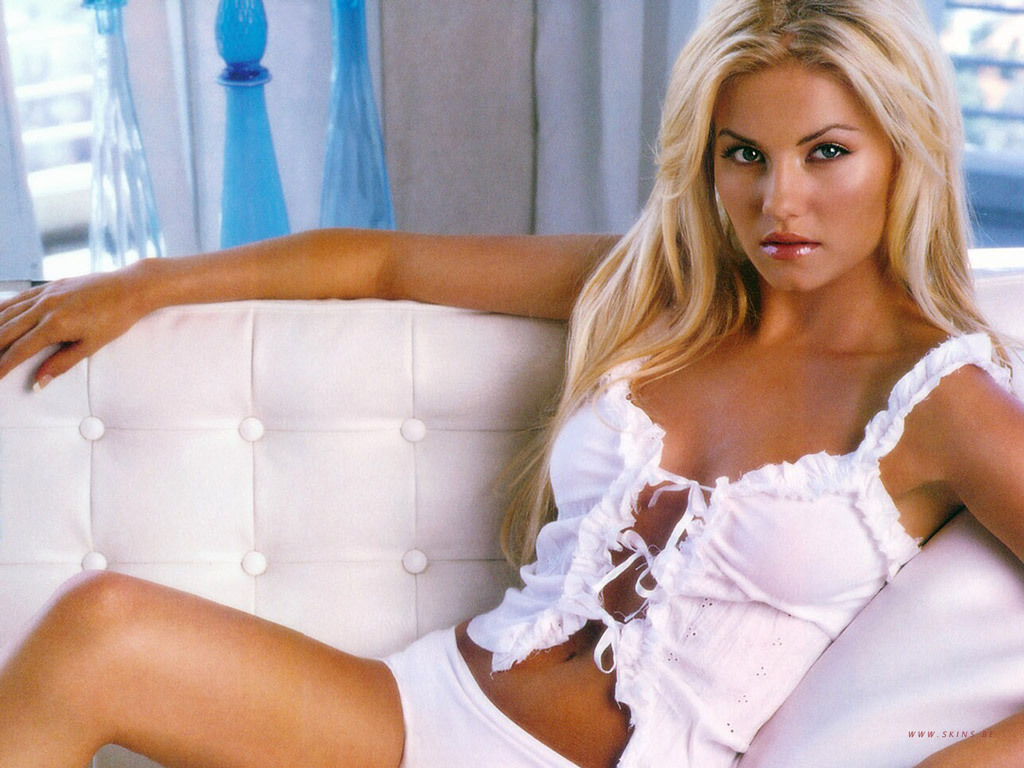 http://images1.fanpop.com/images/photos/1400000/Elisha-elisha-cuthbert-1412366-1024-768.jpg