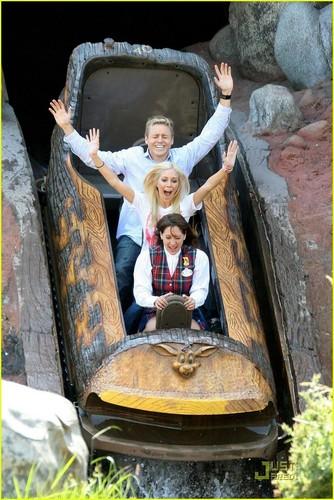 Heidi @ Disneyland