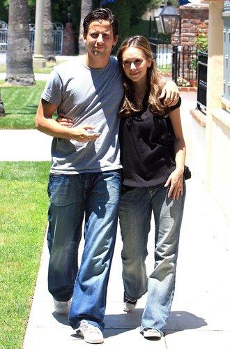 Jennifer and Ross take a walk