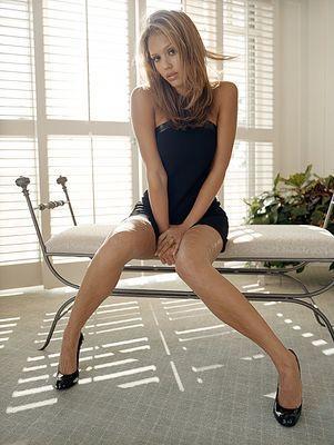 LAKISHA: Jessica alba pantyhose pics