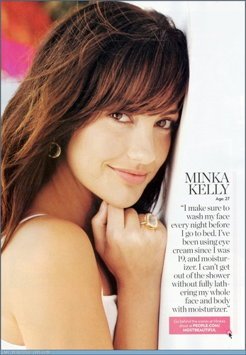 Minka Kelly achtergrond with a portrait entitled Minka mag scans