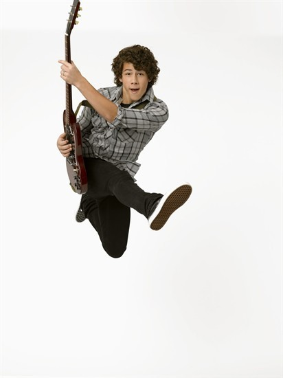 http://images1.fanpop.com/images/photos/1400000/Nick-Jonas-camp-rock-1404359-412-550.jpg