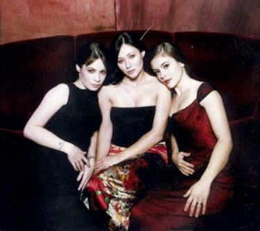 charmed sisters wallpaper called Prue piper phoebe