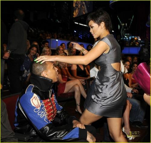 রিহানা @ এমটিভি Awards 08