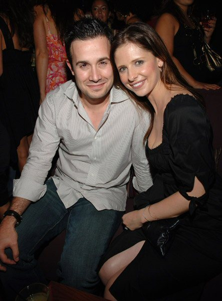 Freddie Prinze Jr. couple