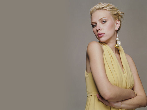 scarlett johansson wallpaper probably containing a koktil, koktail dress, a makan malam dress, and a dress called Scarlett
