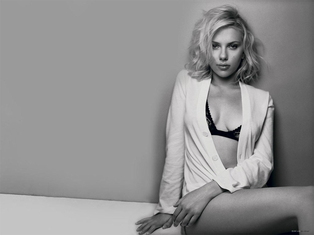 scarlett johansson images scarlett hd wallpaper and background photos  1453489