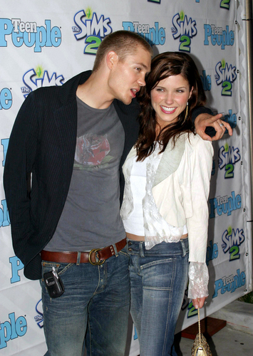 Sophia belukar, bush & Chad Michael Murray