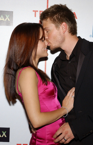 Sophia struik, bush & Chad Michael Murray