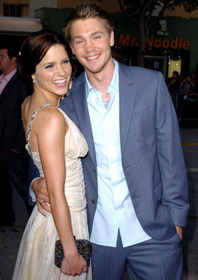 Sophia busch & Chad Michael Murray