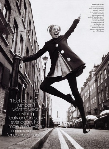 Vogue wallpaper with a street called Vogue: January 2006 - Sienna Miller