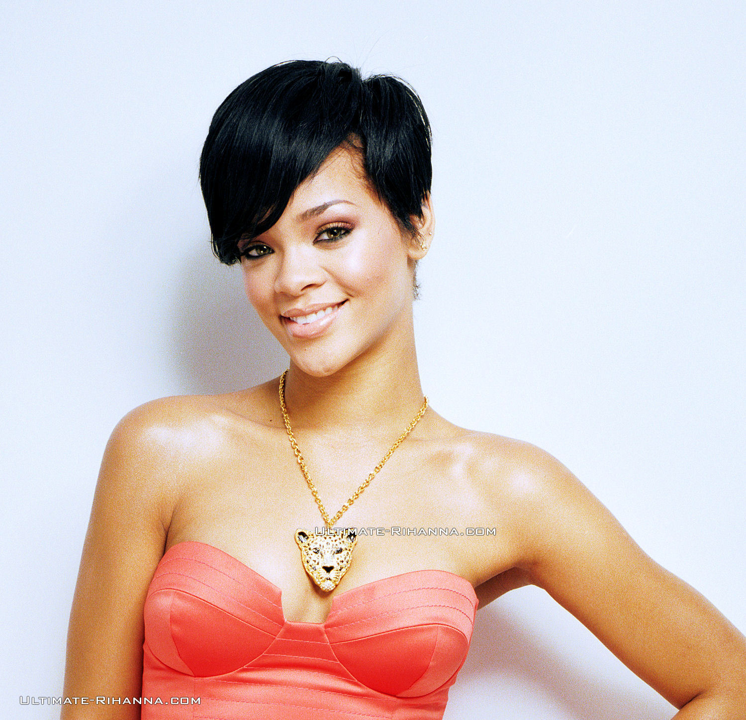 Rihanna News And Photos: Do U Like Rihanna's New Haircut???