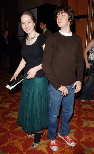 Who Is Anna Popplewell Is She Married Who Is Her Husband