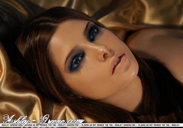 Ashley Greene Alice Cullen