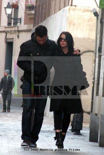 Cesc & Carla 18-11-2007 in Madrid