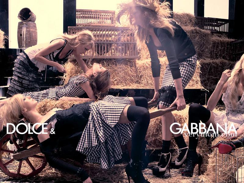 http://images1.fanpop.com/images/photos/1500000/Dolce-Gabbana-dolce-and-gabbana-1534834-800-600.jpg