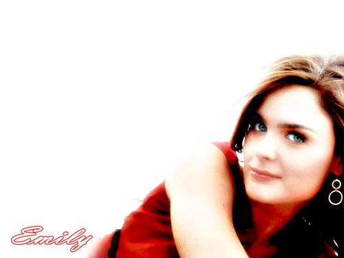 Emily Deschanel