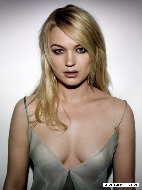 Sophia Myles Fan Club Fansite With Photos Videos And More