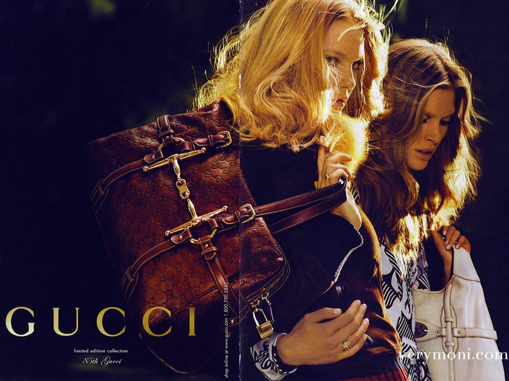 "Зимняя коллекция сумок Gucciполучилась весьма яркой, хоть тренд  ""буйство."