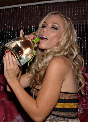 Kendra celebrates her birthday