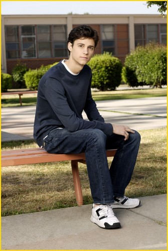 The Secret Life of the American Teenager wallpaper with a park bench and a business suit called Kenny Baumann