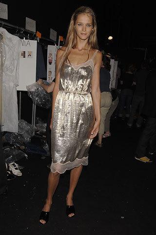 Marc Jacobs Spring 2006: Backstage