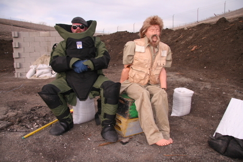 McGyver Myth - mythbusters Photo