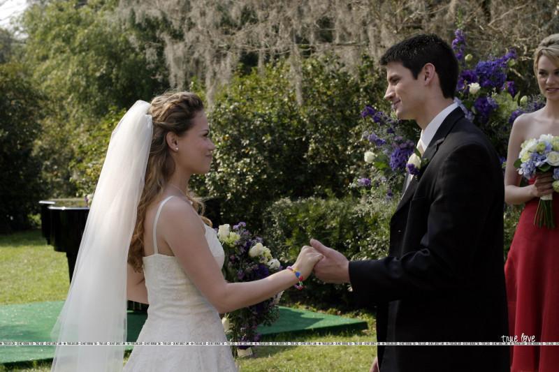naley Wedding