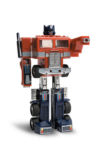 Optimus Prime - the-80s Photo