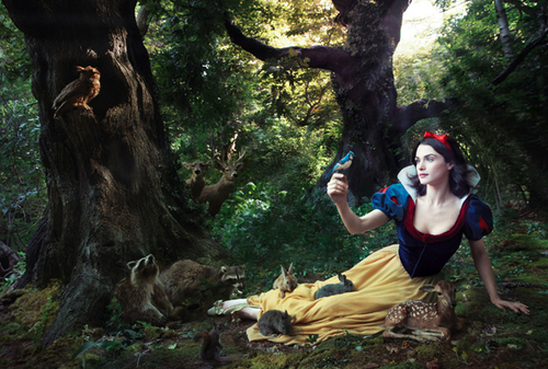 Snow White - annie-leibovitz Photo