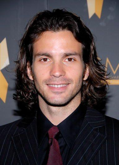 Santiago Cabrera - Wallpaper Hot