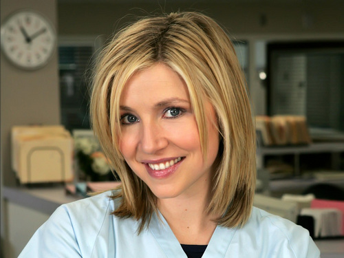 Sarah Chalke wallpaper possibly with a portrait titled Sarah Chalke