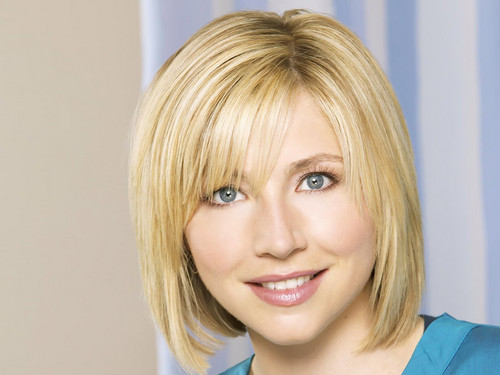 Sarah Chalke wallpaper with a portrait titled Sarah Chalke