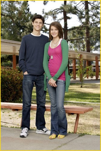 The Secret Life of the American Teenager wallpaper possibly with a business suit, a pantleg, and a hip boot titled Shailene Woodley & Kenny Baumann