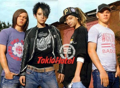 Tokio Hotel fond d'écran with a jersey called Tokio Hotel