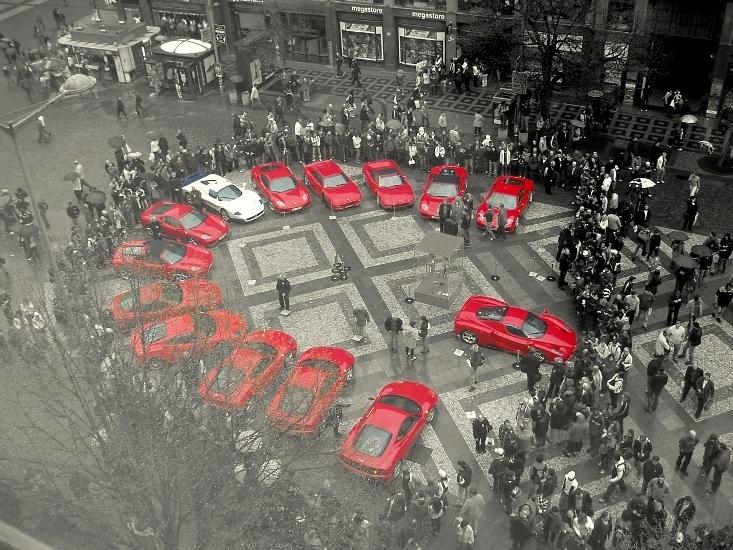 Farrari MuSeum!!~ Ferrari-ferrari-1540660-733-550