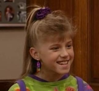 http://images1.fanpop.com/images/photos/1500000/stephanie-tanner-full-house-1512957-323-297.jpg