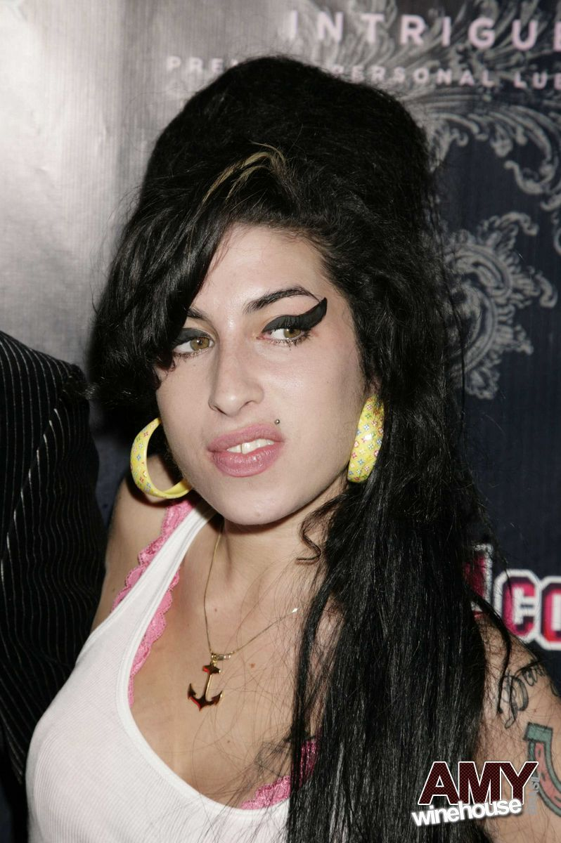 Amy Winehouse  a