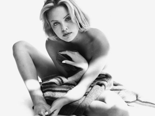 Charlize Theron wallpaper with a neonate and skin called Charlize