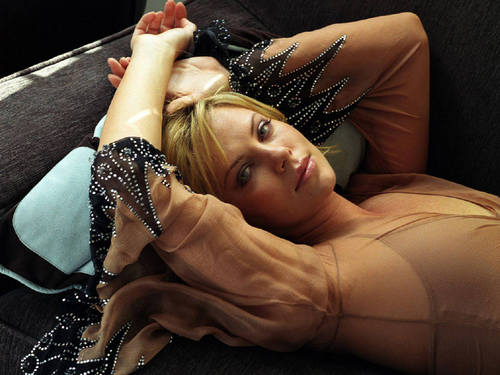 Charlize Theron wallpaper with skin titled Charlize