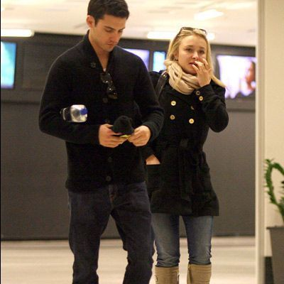 Celebrity Couples দেওয়ালপত্র possibly with an outerwear, a box coat, and a well dressed person entitled Hayden Panettiere & Milo Ventimiglia