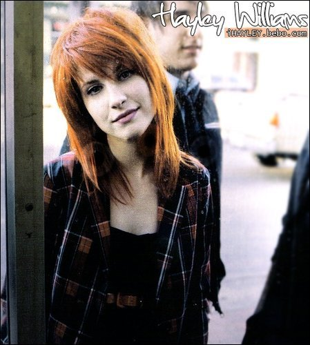 hayley williams hairstyle. hayley williams hair 2010.
