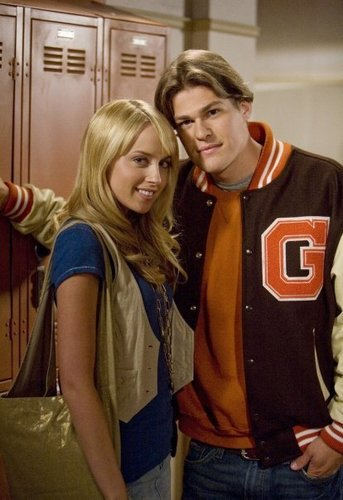Megan Park  & Greg Finley - the-secret-life-of-the-american-teenager Photo